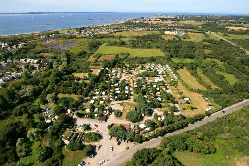 Photo du Camping de la Fontaine à Lamor-Plage